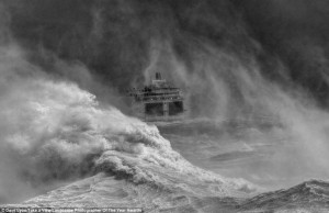 ferry_in_storm